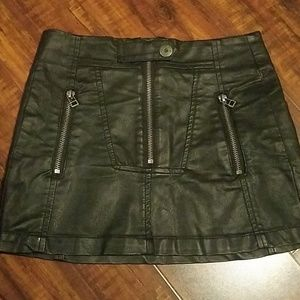 Guess vintage mini skirt
